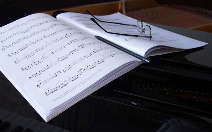 Эссе на тему роль музыки в жизни народа 7113