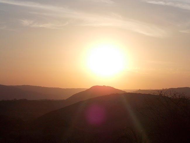 анализ стихотворения сонеты солнца